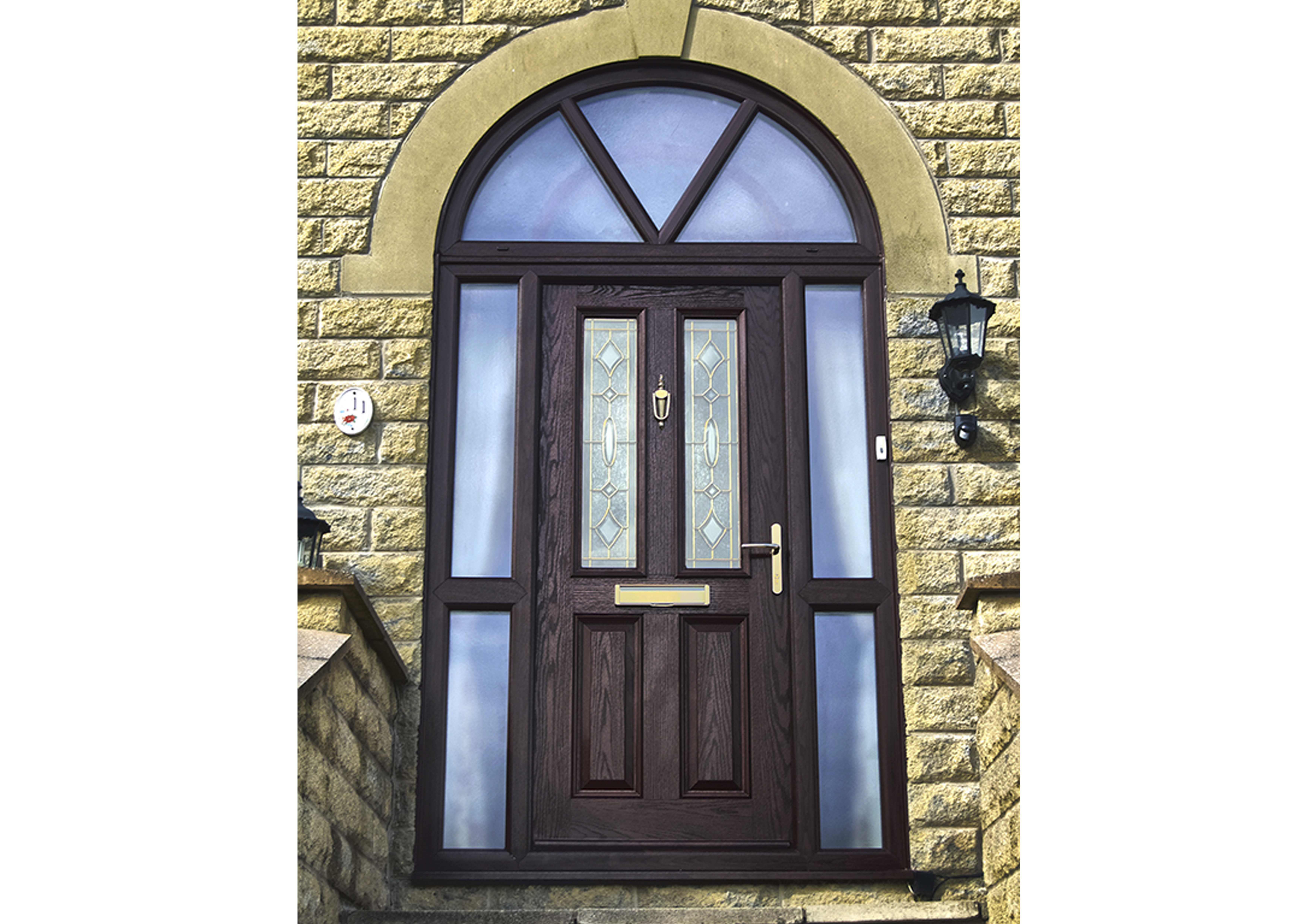 Choosing the right entrance door for your home