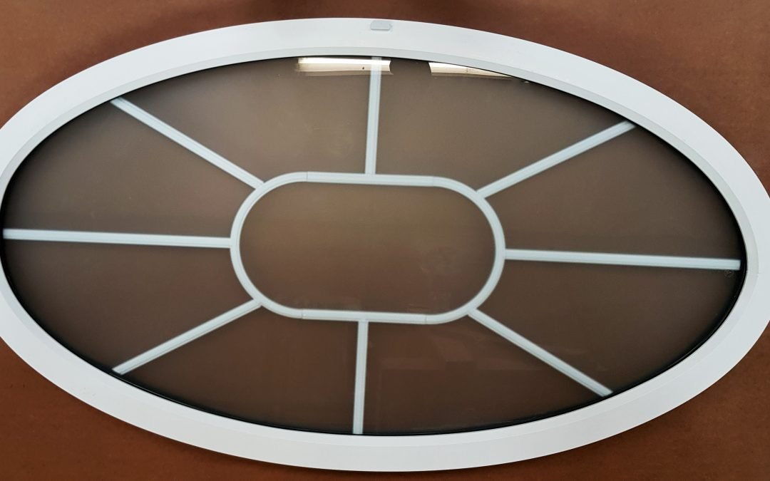 Georgian Bar Oval Window